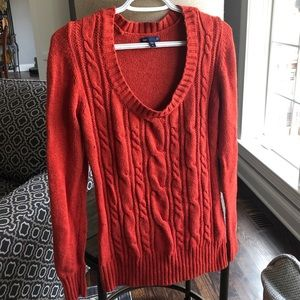 Women's Gap red cable knit sweater